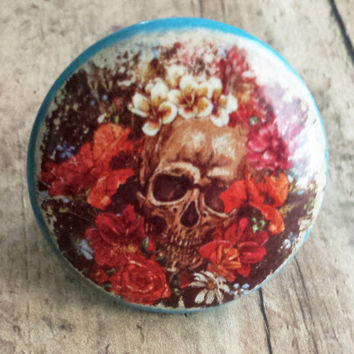 Skull and Roses Knob Drawer Pulls, Birch Wood, Handmade Distressed Style, Cabinet Pull Handles, Skeleton Dresser Knobs, Made to Order
