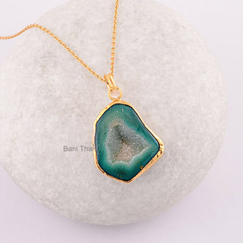 Green slice agate druzy pendant micron from banithani on etsy green slice agate druzy pendant micron gold plated 925 sterling silver necklace jewe aloadofball Image collections