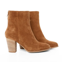 AS33 -  Camel color suede boots