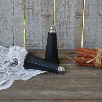 Salt and Pepper, Shaker Set, Black, Eiffel Tower, Tower Shaker, Shabby Chic, Glass, Wedding, Hand Painted