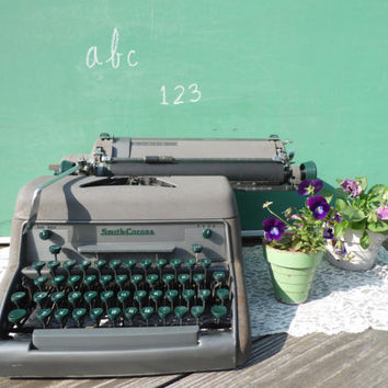 vintage SMITH-CORONA typewriter/Brown Typewriter/Vintage Typewriter/Wedding Decor