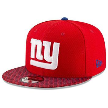 New York Giants New Era NFL 2017 Sideline On Field 9Fifty Snapback Hat