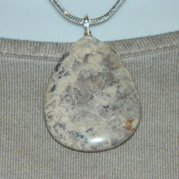 70ct. Tan and Brown Stone, Semi Precious, Agate, Pendant, Necklace, Teardrop, Natural Stone, 119-15