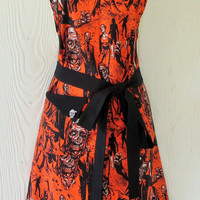 Halloween Apron , Zombies, Mummies , Walking Dead , Retro Style , Black Trim , KitschNStyle