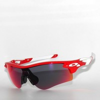 CLEARANCE*OAKLEY SUNGLASSES RADARLOCK PATH 9206-12 INFRARED RED IRIDIUM