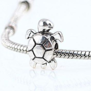 Charm Bracelets Beads 10 Pcs a Lot Antique Silver Plated Turtle