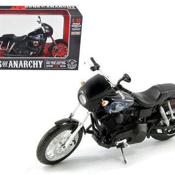 "Sons of Anarchy Jackson ""Jax"" Teller's 2003 Harley Davidson Dyna Super Glide Sport Bike Motorcycle Model 1-12 by Maisto"