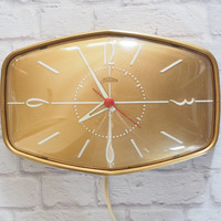 Vintage 1950s Sunbeam Wall Clock / Gold with White Hands / Midcentury Modern Home Decor