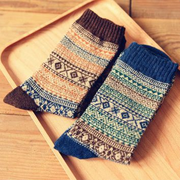 Men's Retro Style Natural Pattern Long Socks