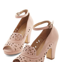Chelsea Crew Vintage Inspired Daiquiri Jamboree Heel in Blush