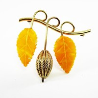 Signed Winard Gold Filled and Amber Leaf Brooch, Yellow Carved Leaves Pin, Vintage 1950s 1960s Mid Century Jewelry, Gift for Her