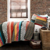King size 3-Piece Quilt Set in Modern Colorful Stripe Geometric Floral Pattern