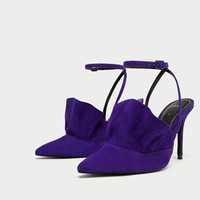 RUFFLED LEATHER HIGH HEEL SHOES DETAILS