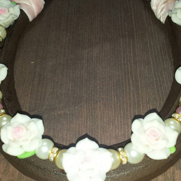 Wedding horseshoe with flowers and faux pearls pink and cream