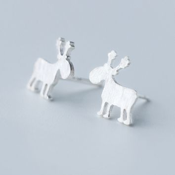 Lovely small elk 925 sterling silver earrings,a perfect gift