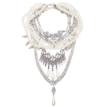 GRITA- Glamazon Pearl Necklace
