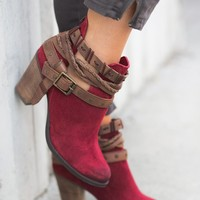 Baytown Naughty Monkey Buckle Booties (Red)