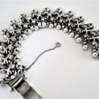 Tortolani Bracelet, Silver Tone Metal, Wide Silver, Leaf Shaped Links