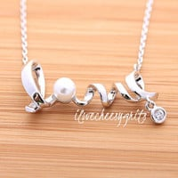 AMORE~ Gift of Love, Pearl Necklace, Single Pearl Pendant, Bridesmaid Pearl Necklace, Single Pearl Necklace, ilovecheesygrits