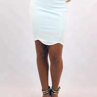 (aml) Asymmetrical hem white fitted skirt