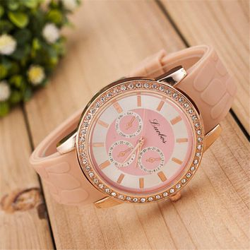 Womens Girls Outdoor Sports Silicone Strap Watch Best Christmas Gift 377