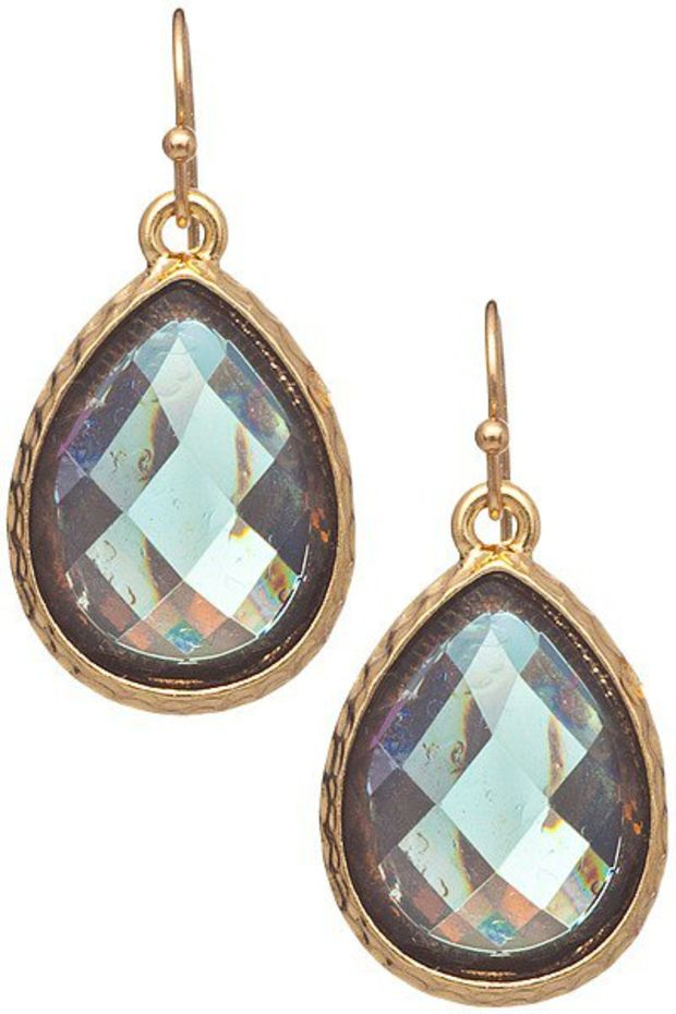 5305e8bf04761 https://wanelo.com/p/2778709/hammered-triangle-earring-studs-in ...