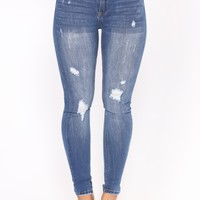 Appletini Ankle Jeans - Medium Blue Wash
