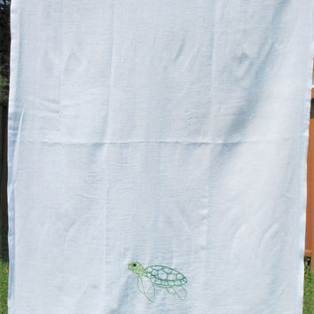 Flour sack towels, Sea Turtle, Flour Sack Tea Towels, Dish Towels, Vintage Style, Flour Sack Towels, Hand Embroidered