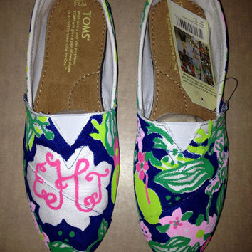 Lilly Pulitzer / Monogram Painted Toms