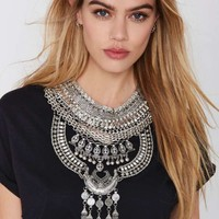 Drama Queen Collar Necklace