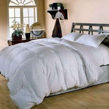 Royal Majesty Supreme 350-Thread Count Damask Stripe Duck Down Comforter (White)