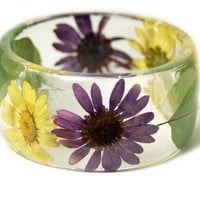 Real Flower Jewelry-  Purple Bangle- Purple Flower Jewelry- Resin Jewelry- Flower Bangle- Yellow Resin Bracelet