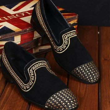 Men New Red Bottom Loafers Embroidery National Style Drilling Creepers Men Red Bottom Dress Flats Black Leather Moccasins