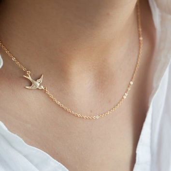 Swallow necklace, gold birdnecklace, gold filled, bird necklace, Bird Necklace Gold,