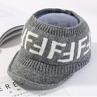 FENDI Winter Trending Women Stylish Double F Letter Outdoor Knit Hat Warm Cap Grey