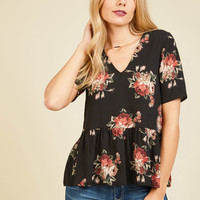 Plentiful Panache Floral Top | Mod Retro Vintage Short Sleeve Shirts | ModCloth.com