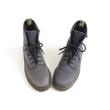 Dr Martens Boot Soft Grunge Doc Martens Aesthetic Shoe Doc Martins Minimalist Combat Boot Grey Suede Ankle Boot Women US 5, EU 35.5-36, UK 3