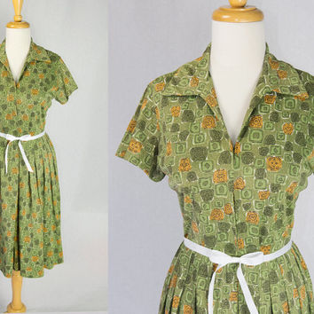 Vintage 1950s Atomic Print Shirtwaist Dress Great House Day Dress in Green Large