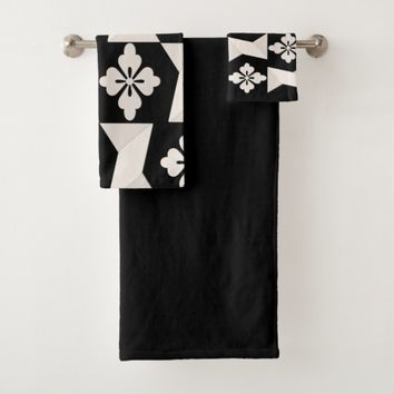 Black White Tiles Bath Towel Set
