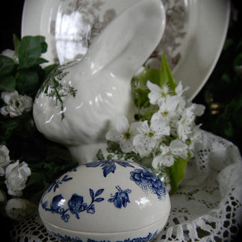 Vintage Mason's Blue English Transfeware Egg Shaped Trinket Box