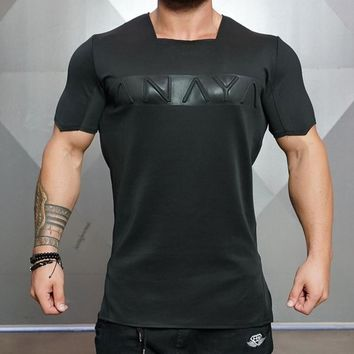 2017 fashion Men's fitness summer new short-sleeved square collar fitness Punch funny Letter T-shirt