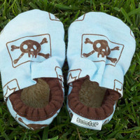 Baby Boy Shoes, Skull Shoes, Photo Prop, Skull Booties, Baby Booties, Soft sole shoes, toddler shoes, blue and brown