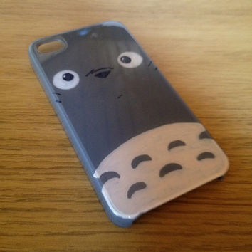 My Neighbour Totoro Hand Crafted Custom iPhone 5 - 5s Case/Cover