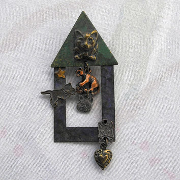 Vintage Cat House Pin Five Cats Retro Vintage Jewelry