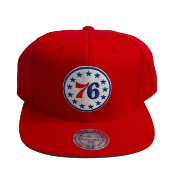 NBA Mitchell & Ness Philadelphia 76ers Circle Throwback Snapback Red