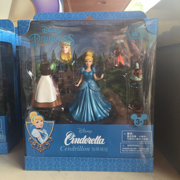 disney parks cinderella jaq and gus playset cake topper new with box