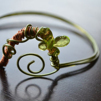 Green Butterfly Bracelet, Copper and Green Wire Upper Arm Bracelet, Wire Wrapped Circle, Wire Jewelry