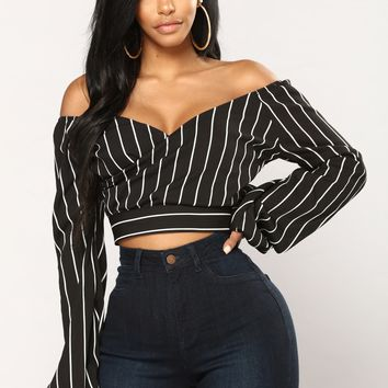Madeline Off Shoulder Top - Black/White