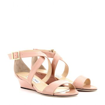 jimmy choo - chiara patent-leather wedge sandals
