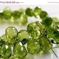 51% CLEARANCE Sale Peridot Gemstone Briolette Faceted 3-D Tear Drop Green 8.5mm 16 beads Wholesale